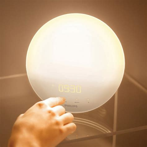 philips wake  light  colored sunrise simulation