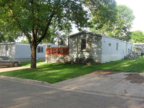 met council seeks to promote trailer parks in suburbs
