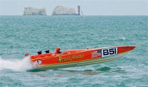offshore race boats for sale uk cigarette racing don aronow bubbledeck boat for sale