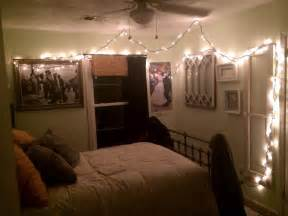 lights on wall in bedroom how to hang string lights in bedroom unac co