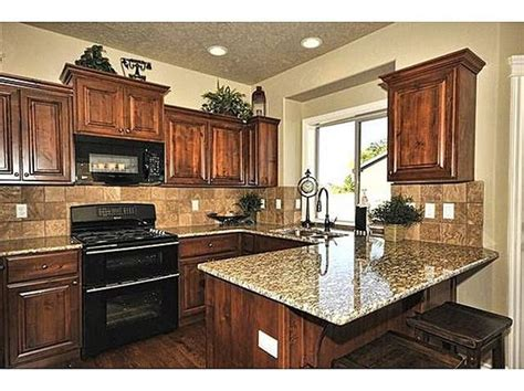 Granite Countertops With Black Appliances by Granite Countertops Black Appliances And Granite On