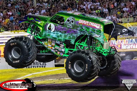 son of grave digger monster truck 100 purple grave digger monster truck son uva