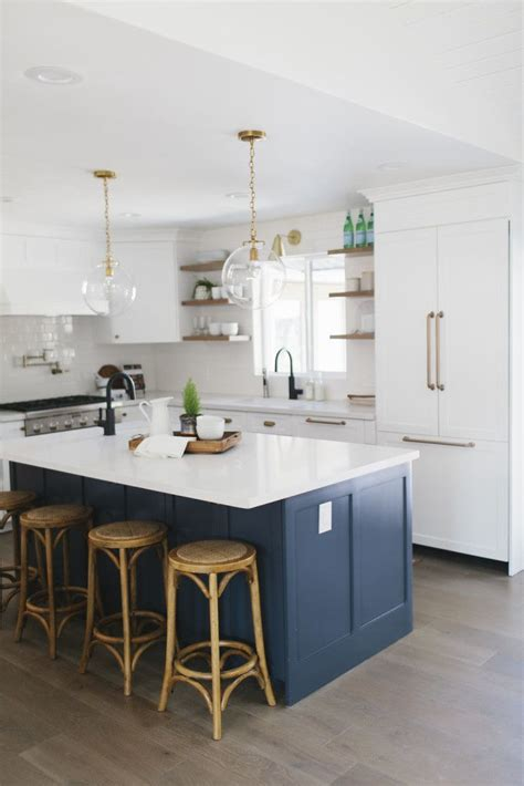 navy blue and gold kitchen 25 best ideas about navy kitchen on pinterest navy