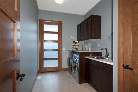 Korner Kitchen by Kitchen Korner Projects Contemporary Laundry Room