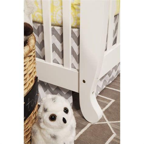 Davinci Emily 4 In 1 Convertible Crib White Davinci Emily 4 In 1 Convertible Crib In White With Crib Mattress M4791w M5315c Kit