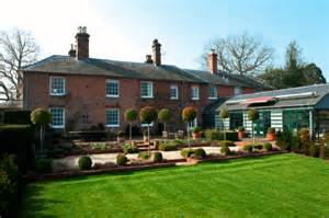 Middleton Family Home by Royalty Kate Middleton S Family Home In Bucklebury Berkshire