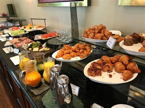 le labo bathroom amenities hotel review fairmont washington d c ambassador suite points miles martinis