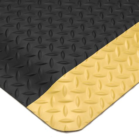 Wearwell Mat by Wearwell 174 Ultrasoft Diamondplate Spongecote Mats Floor Mats