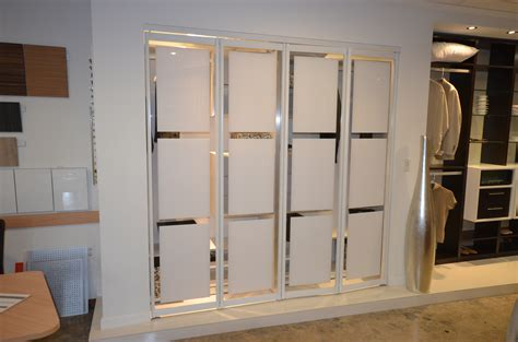 How To Remove A Closet Door Bifold Door How To Remove Bifold Closet Doors