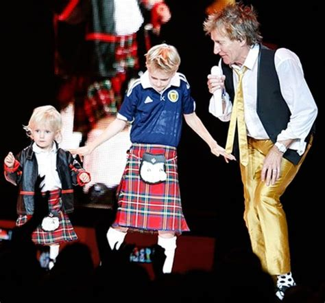 Rod Stewart I Dont Wear Womens Anymore by 25 Best Ideas About Rod Stewart On Song