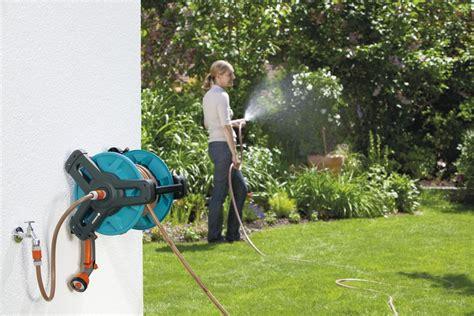irrigare il giardino avvolgitubo irrigare il giardino senza sforzo e in meno