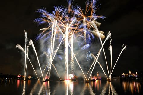new year 2018 celebration in la new year fireworks 2017 2017 celebration