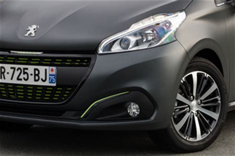 Diesel Radar Black Silver Kw fiche technique peugeot 208 1 6 bluehdi 100ch business