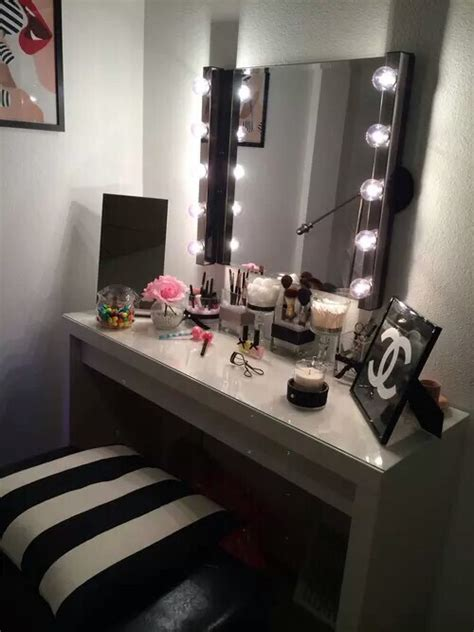 Makeup Room Decor Bedroom Deco Decor Design Fashion Home Inspiration Makeup Room Style