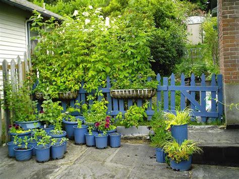 progettare un piccolo giardino realizzare un piccolo giardino progettazione giardini