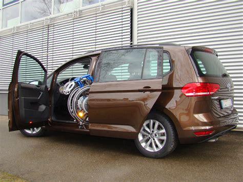 Vw Auto Mit Schiebet Ren by Vw Rollstuhl Verladesysteme F 252 R Pkw