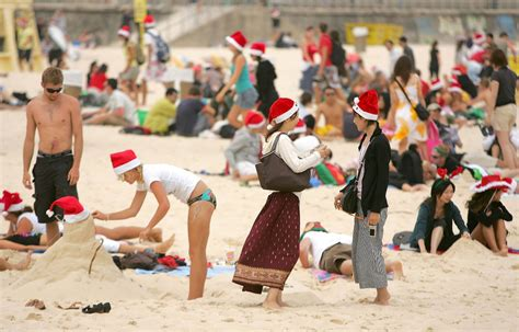 how do people in australia celebrate summer christmas