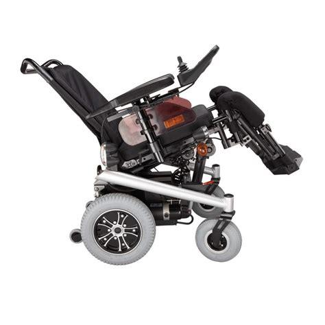 sedie a rotelle elettriche sedia a rotelle elettrica triplex b b