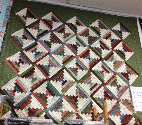 log cabin  point quilt kit    pattern included