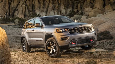 jeep grand cherokee trailhawk grey 2017 jeep grand cherokee trailhawk review top speed