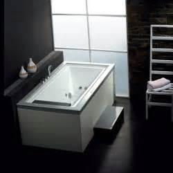whirlpool bathtub for one person am146 bath canada