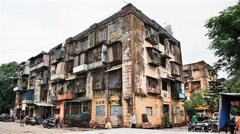 Housing Board Colony bdd chawl residents to get 500sqft houses after