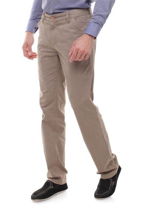 Nazira Coklat Fit L regular fit celana katun tekstur bergaris coklat