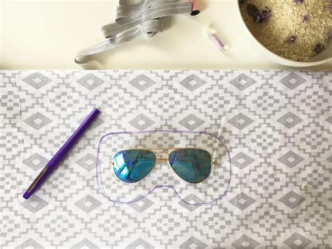 Diy Eye Pillow by Diy Relaxing Eye Mask Words On The Inside