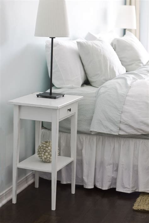 diy bedroom table easy diy bedside table for your room homestylediary com