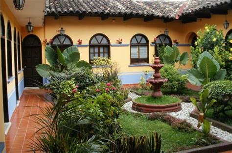 homes with courtyards spanish courtyard garden design mexican courtyard design
