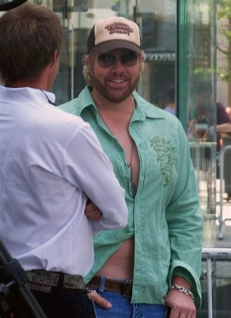 dave with thomas rhett ims legend s day segment 1 5 26 17 best images about toby keith on pinterest i love me