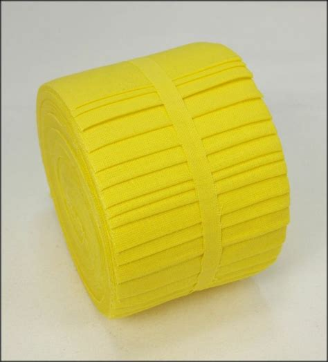 Solid Yellow Quilt by 2 5 Quot 20 Solid Bright Yellow Jelly Roll Fabric Strips Quilt