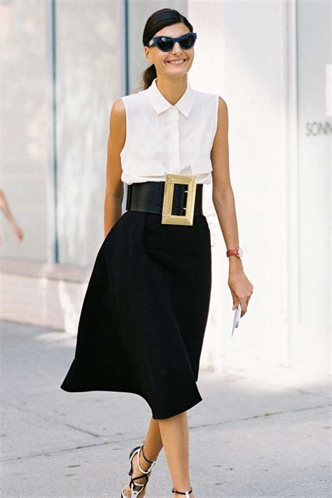 how to wear wide belts the right way