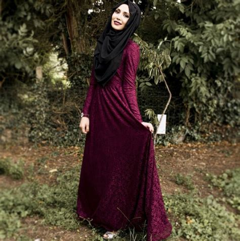 Bergo Amina Jilbab Amina Terbaru cantiknya amena hijaber inggris seleb sosmed foto 4