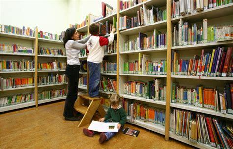 imagenes bibliotecas escolares lectura lab chile dibam automatizacion bibliotecaria