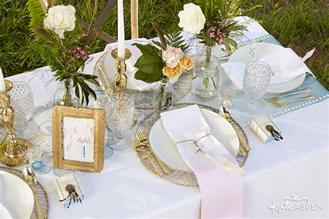 take a look at these stunning carefree bohemian interiors beautiful and carefree bohemian wedding inspiration kate