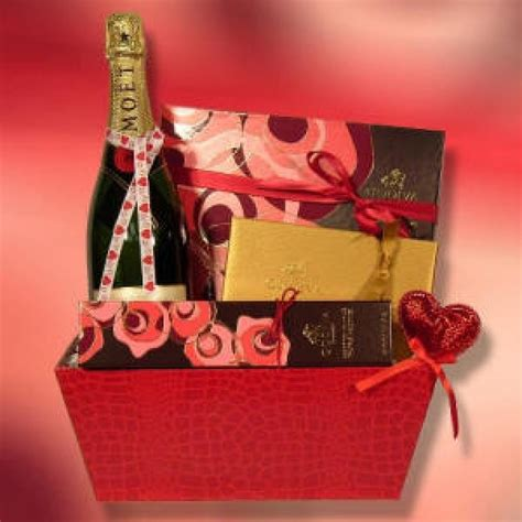 all about flour valentine gifts for men ideas gifts for