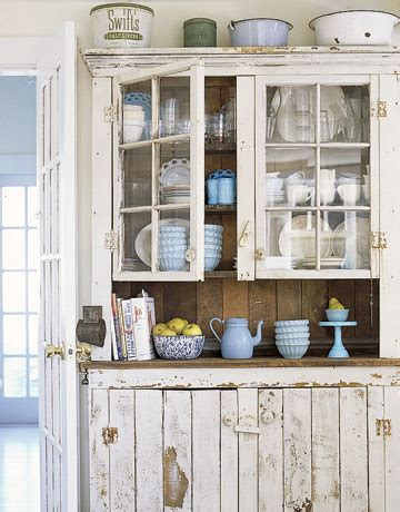 Antique Style Kitchen Cabinets 12 Shabby Chic Kitchen Ideas Decor And Furniture For Shabby Chic Kitchens