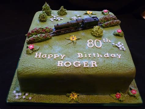 Steam Train birthday cake   Supercakes   Diane Fry