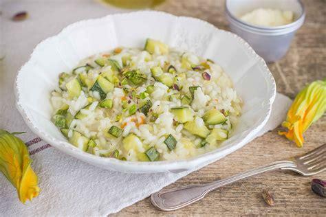 risotto zucchine e fiori di zucca risotto zucchine e fiori di zucca agrodolce