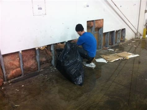 Furniture Disposal Minneapolis by Commercial Flood And Water Damage Restoration Minneapolis Mn Done Right Restoration