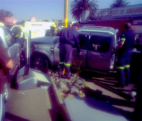 boating accident umkomaas four vehicles collide in roodepoort accidents co za