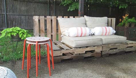 the basic facts of how to make patio furniture out of wood