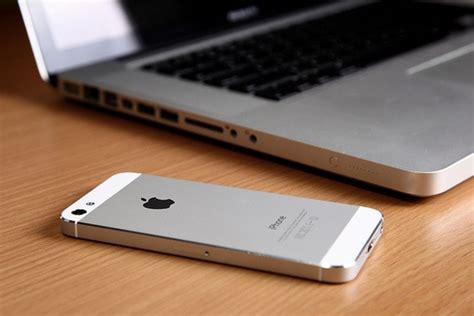 Laptop Apple Iphone like it image 2354676 by d on favim