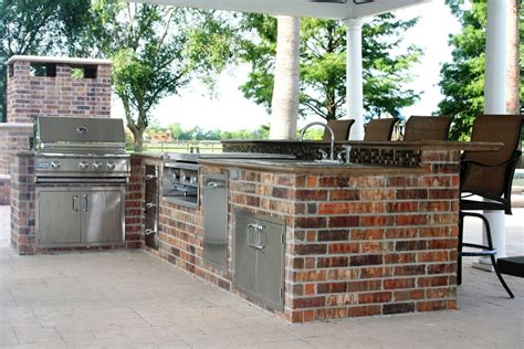 brick outdoor kitchen brick barbeque veneer landscaping network