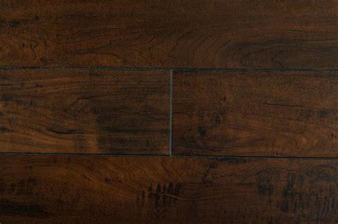 BuildDirect®: Laminate Flooring 12mm Handscraped Muskoka