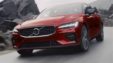 2019 Volvo S60 R by 2019 Volvo S60 R Design Running Footage