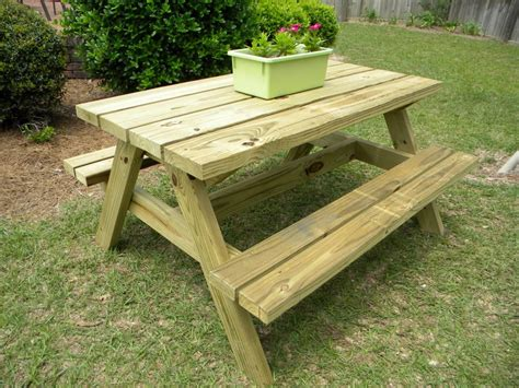 round wooden bench round picnic table design plans image mag