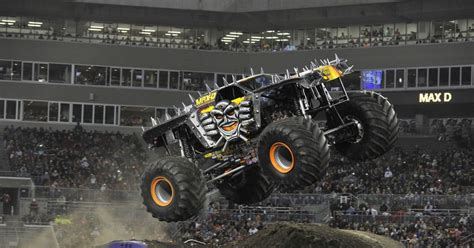 monster truck jam los angeles tom meents to attempt first front flip in a monster jam