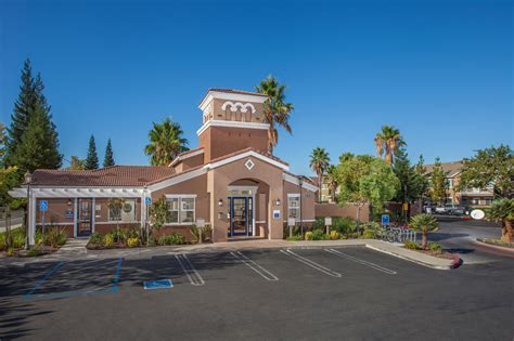 Roseville Appartments - luxury apartments in roseville ca at woodcreek